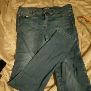 Celebrity Pink Girls size 16 skinny jeans